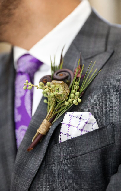 Close up of  boutonniere.